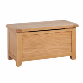 OBW Classic Oak Blanket Box